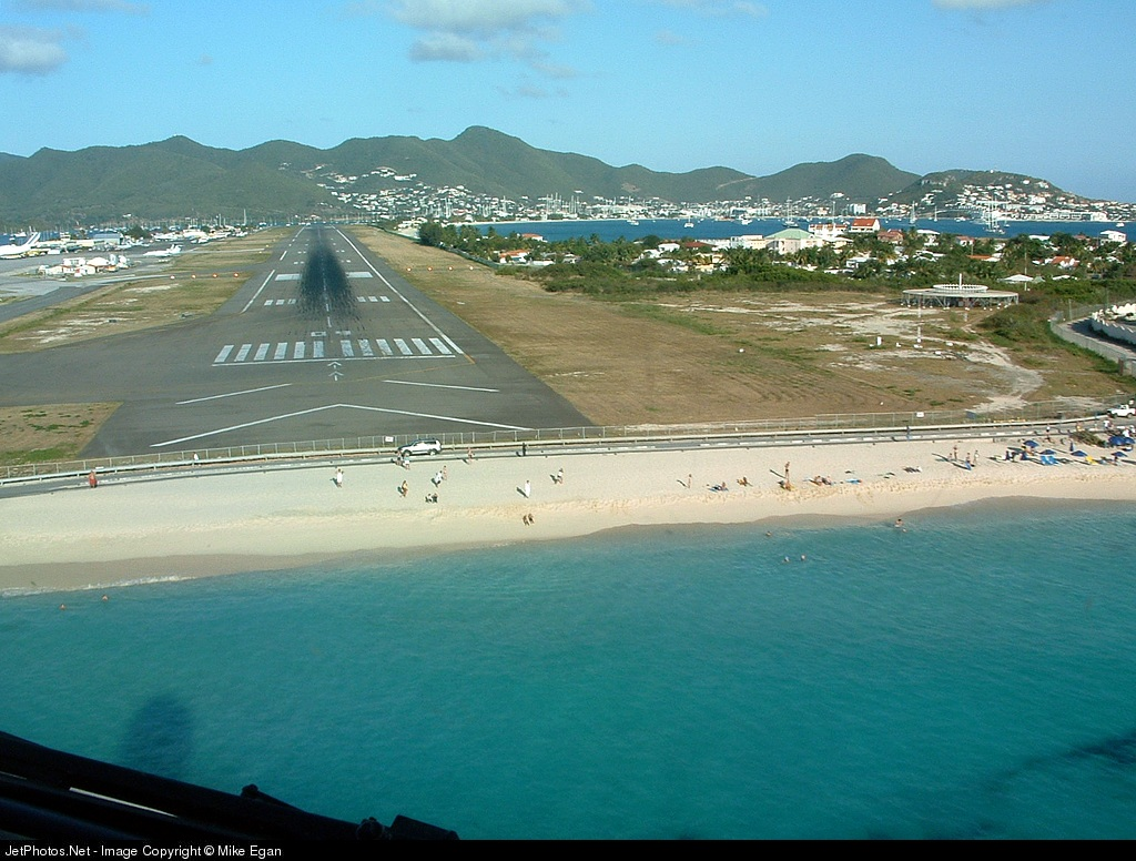 Princess Juliana Airport